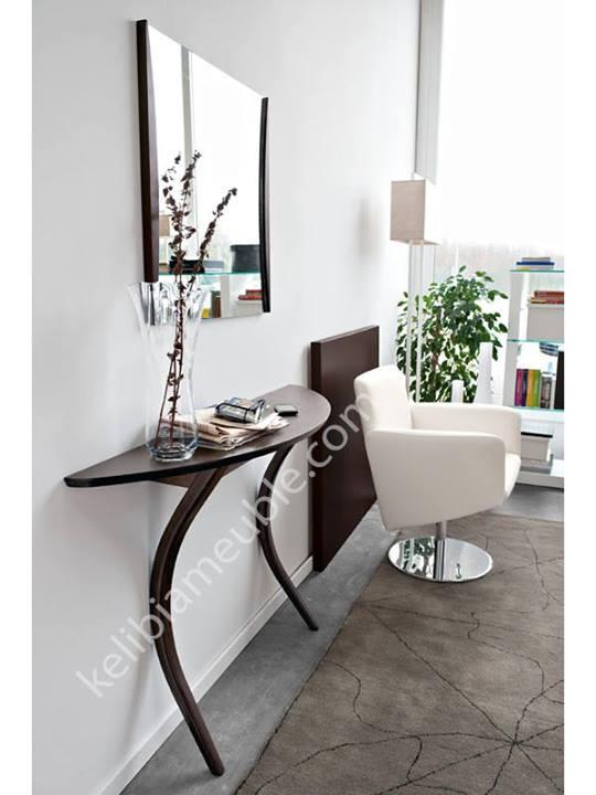 meuble d 39 entr e l gante modi. Black Bedroom Furniture Sets. Home Design Ideas