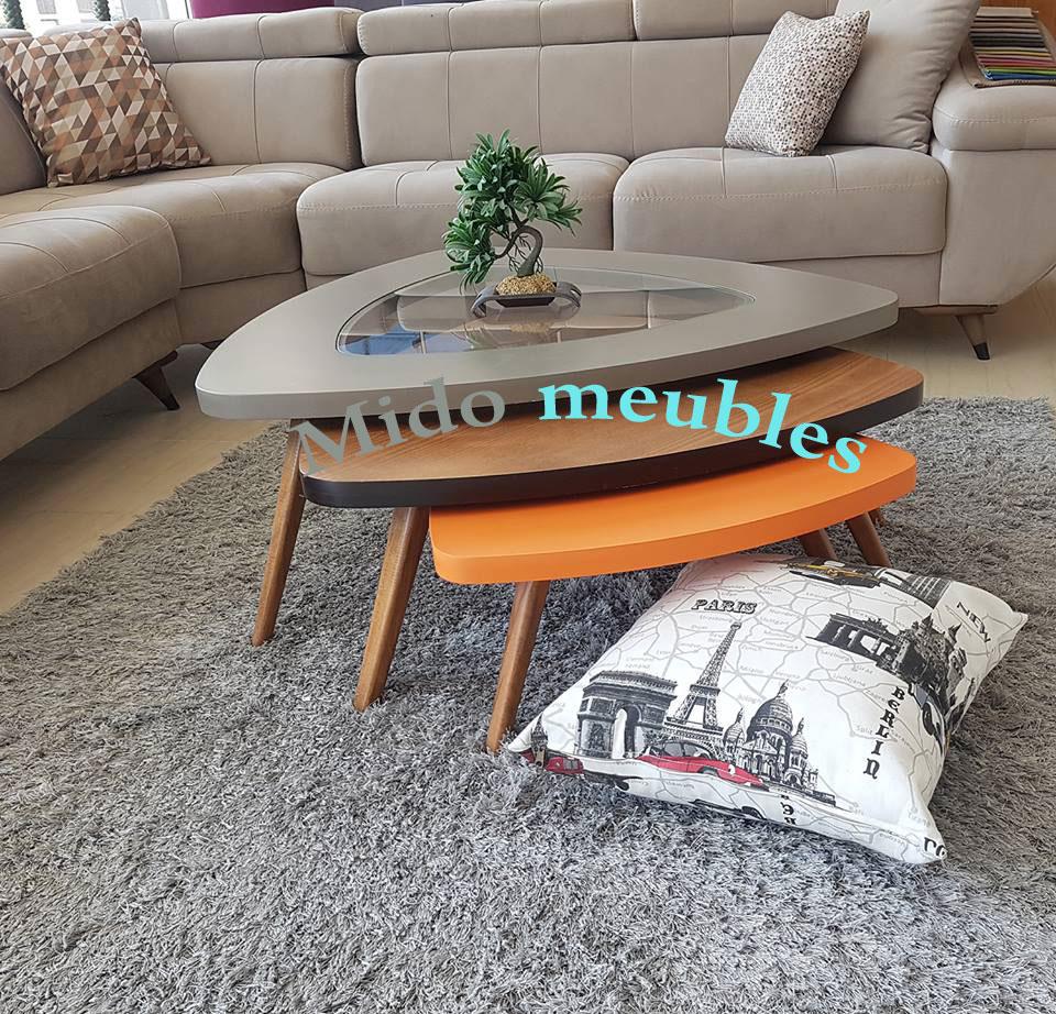 ensemble 3 tables basses en forme triangulaire. Black Bedroom Furniture Sets. Home Design Ideas