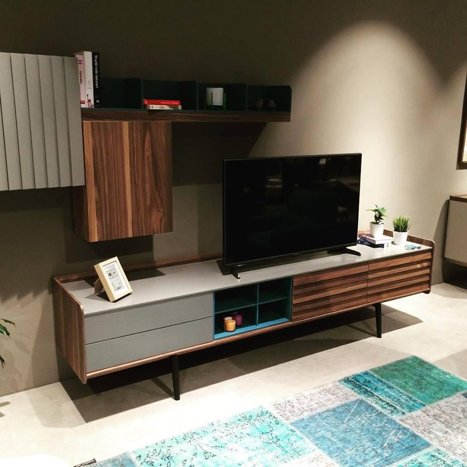 meuble tv vintage. Black Bedroom Furniture Sets. Home Design Ideas